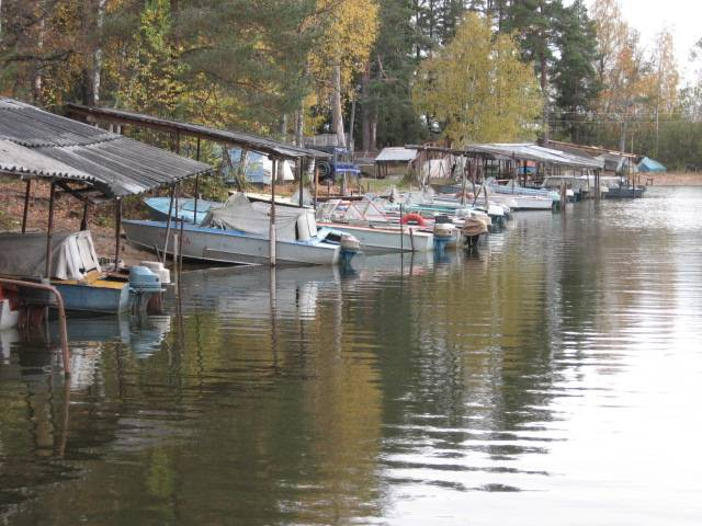 дом с лодкой на селигере
